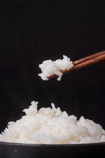 白米饭升糖指数比可乐还高?吃多了会得糖尿病?真相是...