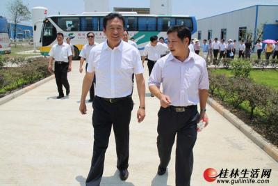 刘君书记考察参观桂林尚科光伏技术有限责任公司