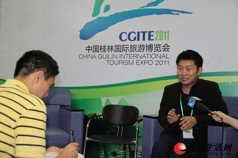 旧金山旅游协会夏磊,接受媒体专访。