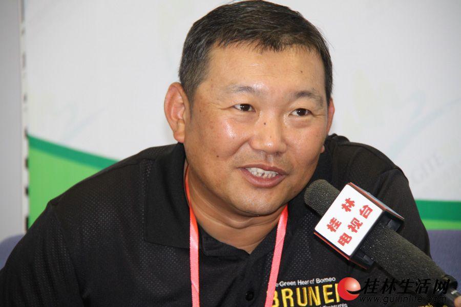 文莱旅游局北京代表处中国区首席代表宋凯,接受媒体专访。