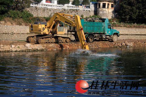 小东江河道清淤
